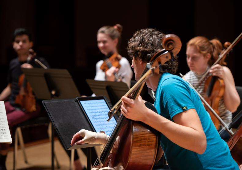 Students during a chamber music coaching